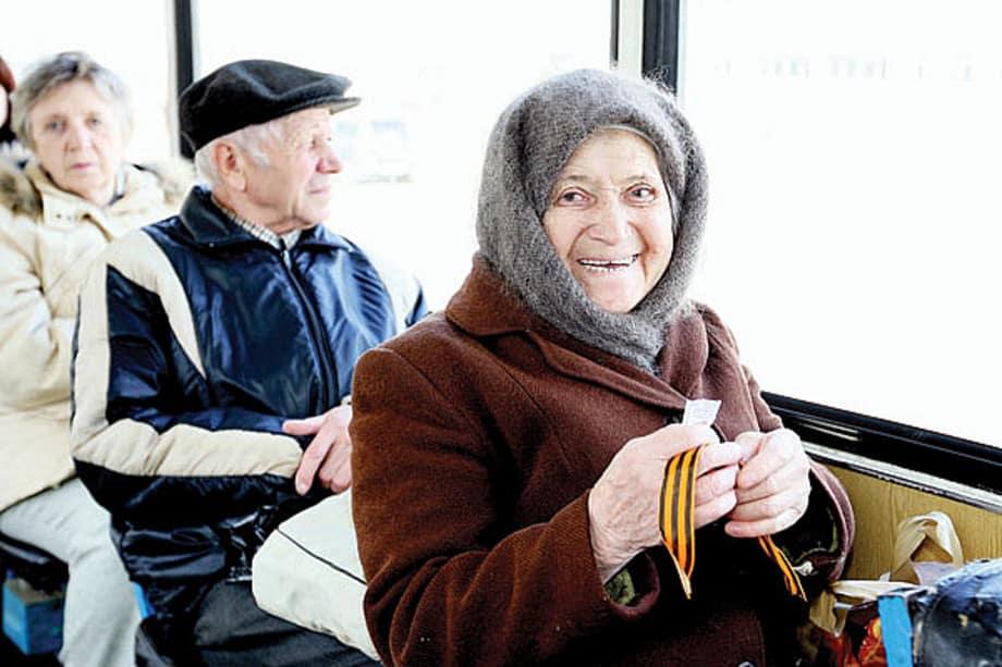 Выход на пенсию по новому закону в 2019: кто имеет право оформить. Сколько нужно лет стажа и последние новости