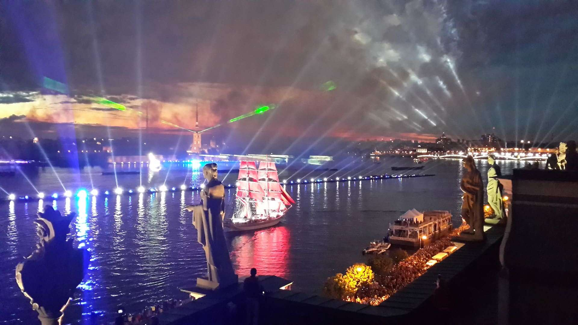 Репетиция Алых Парусов в 2019 году в ночь с 21 на 22 июня: где будет лучше видно