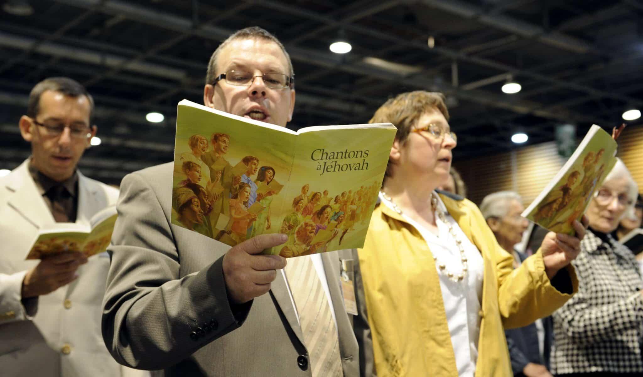 Свидетелей Иегова преследуют власти по всей России