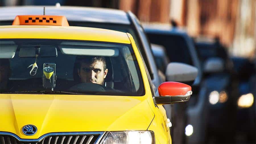 Когда примут закон о русских водителях в такси