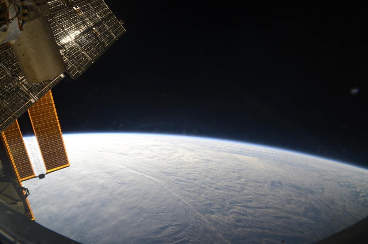 Можно ли увидеть МКС невооруженным глазом в Москве: интересные факты о МКС