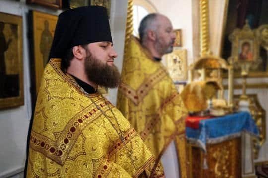 Ксения Голинченко обвинила епископа Енисейского Игнатия в смерти их ребенка
