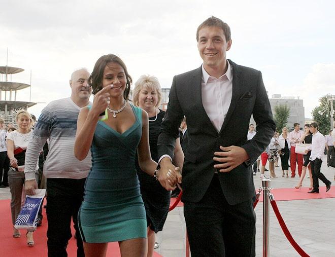 Кристина Дзюба, жена Артема Дзюбы простила измену супруга и сохранила семью