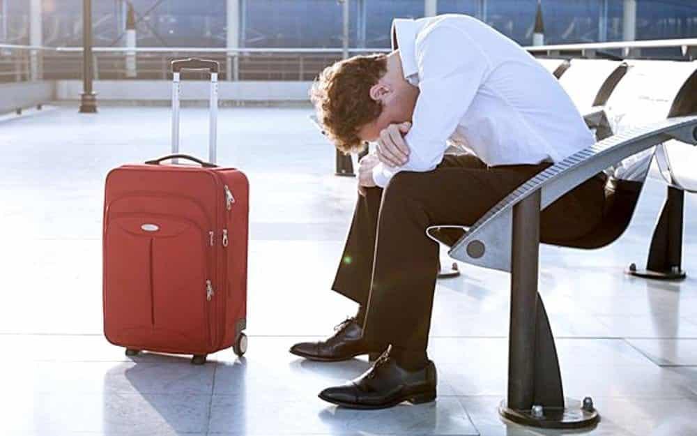 За какие долги могут не пустить за границу в 2019 году: как проверить долги, что делать если они есть