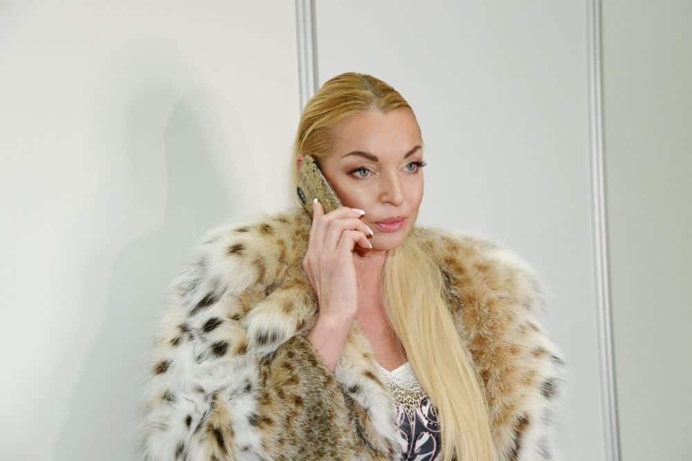 Анастасия Волочкова рассказала про слухи о своей свадьбе