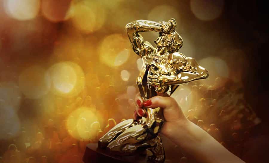 Ольга Бузова и Малахов номинированы на ТЭФИ 2019 - в какой номинации. Вручение премии, когда состоится, список номинантов, как проголосовать