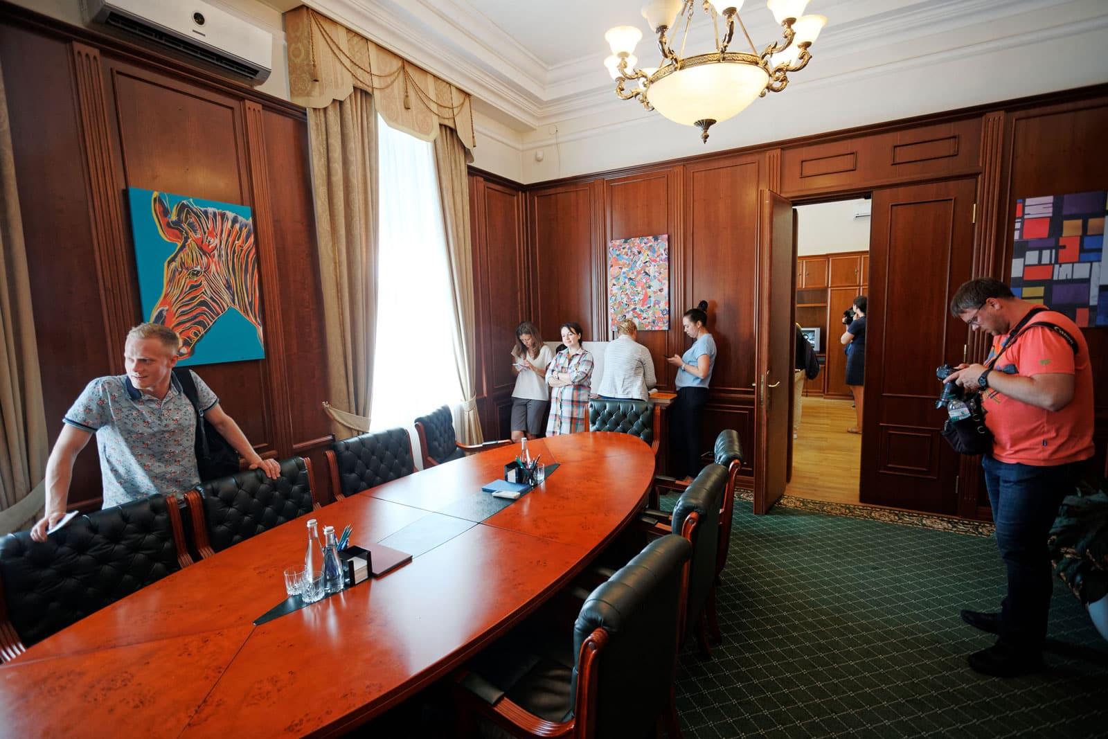 В кабинете президента Украины прошли обыски