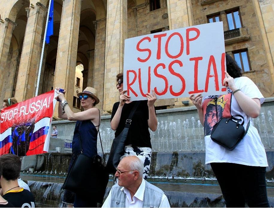 В каких странах не любят туристов из России: куда лучше не ездить в 2019 году