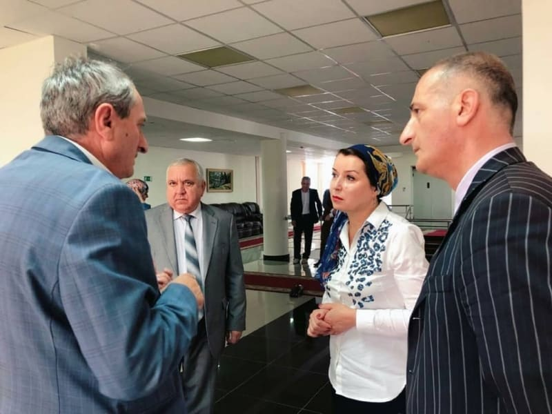 Наконец нашлись родители избитой Аиши из Ингушетии: кто они, с кем девочка жила всё время