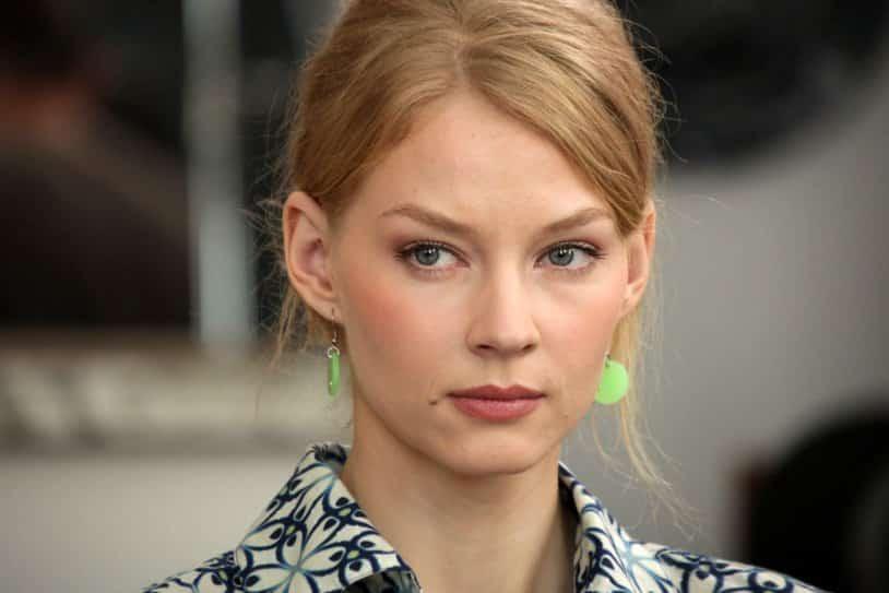 Актриса Светлана Ходченкова так и не простила предательства отцу