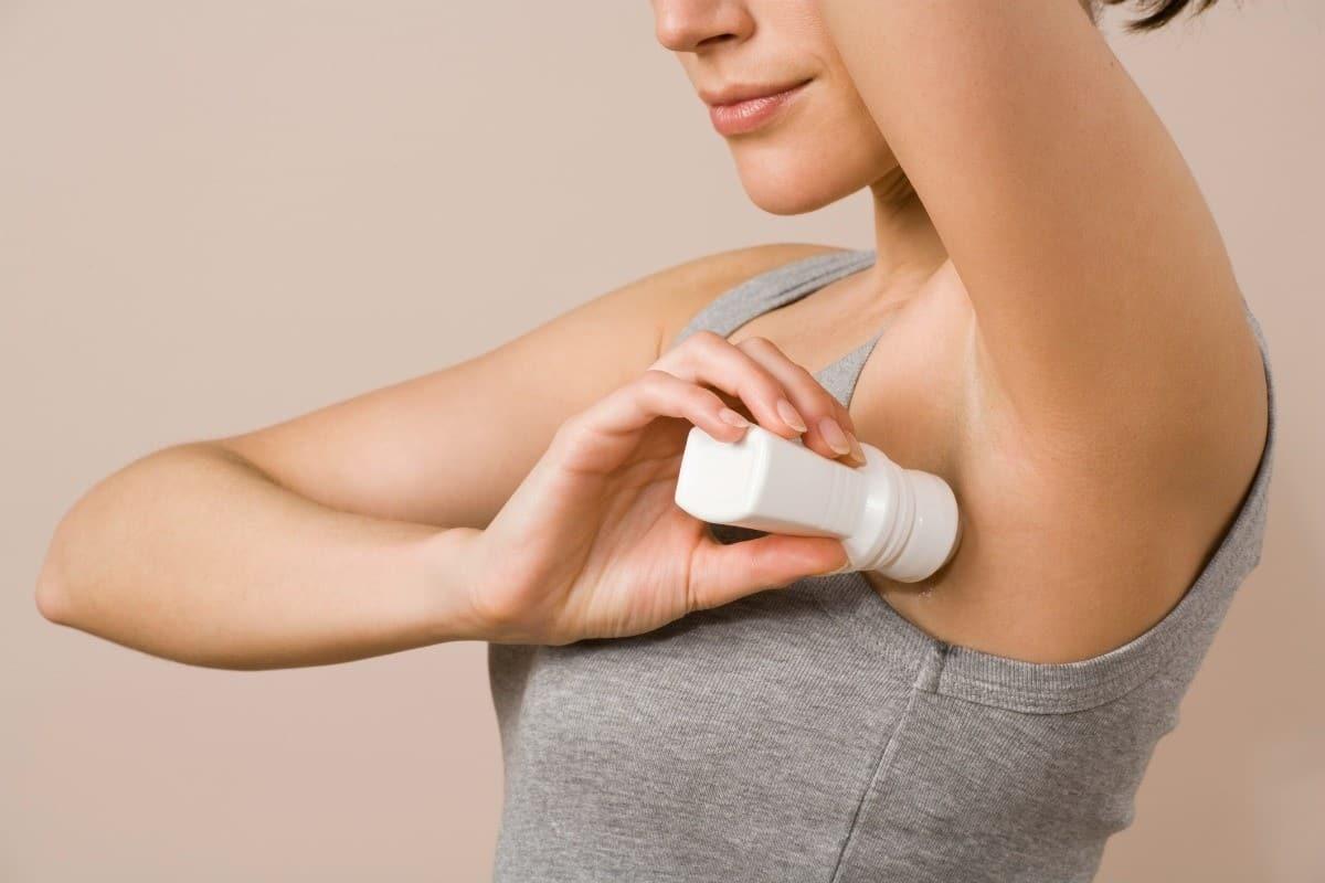 Дезодоранты вызывают рак: правда или нет, чем опасны средства от пота