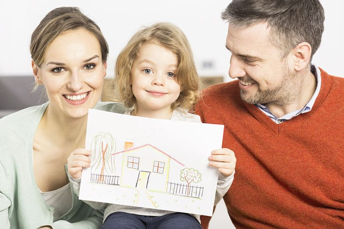 Как получить ипотеку молодой семье в 2019 году: условия, в каком банке выгодные проценты
