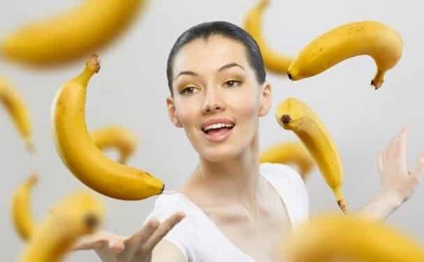 Диетолог Уварова советует отказаться от бананов
