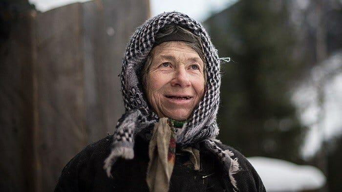 Агафья Лыкова: как себя чувствует сейчас, чем занимается. Лыковы – последние в СССР отшельники