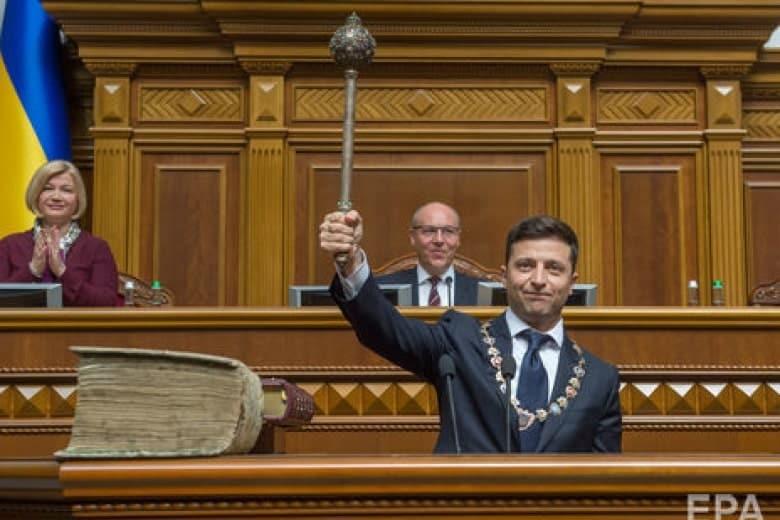Выборы в Верховную Раду в Украине 21 июля: рейтинг партии «Слуга народа» растёт