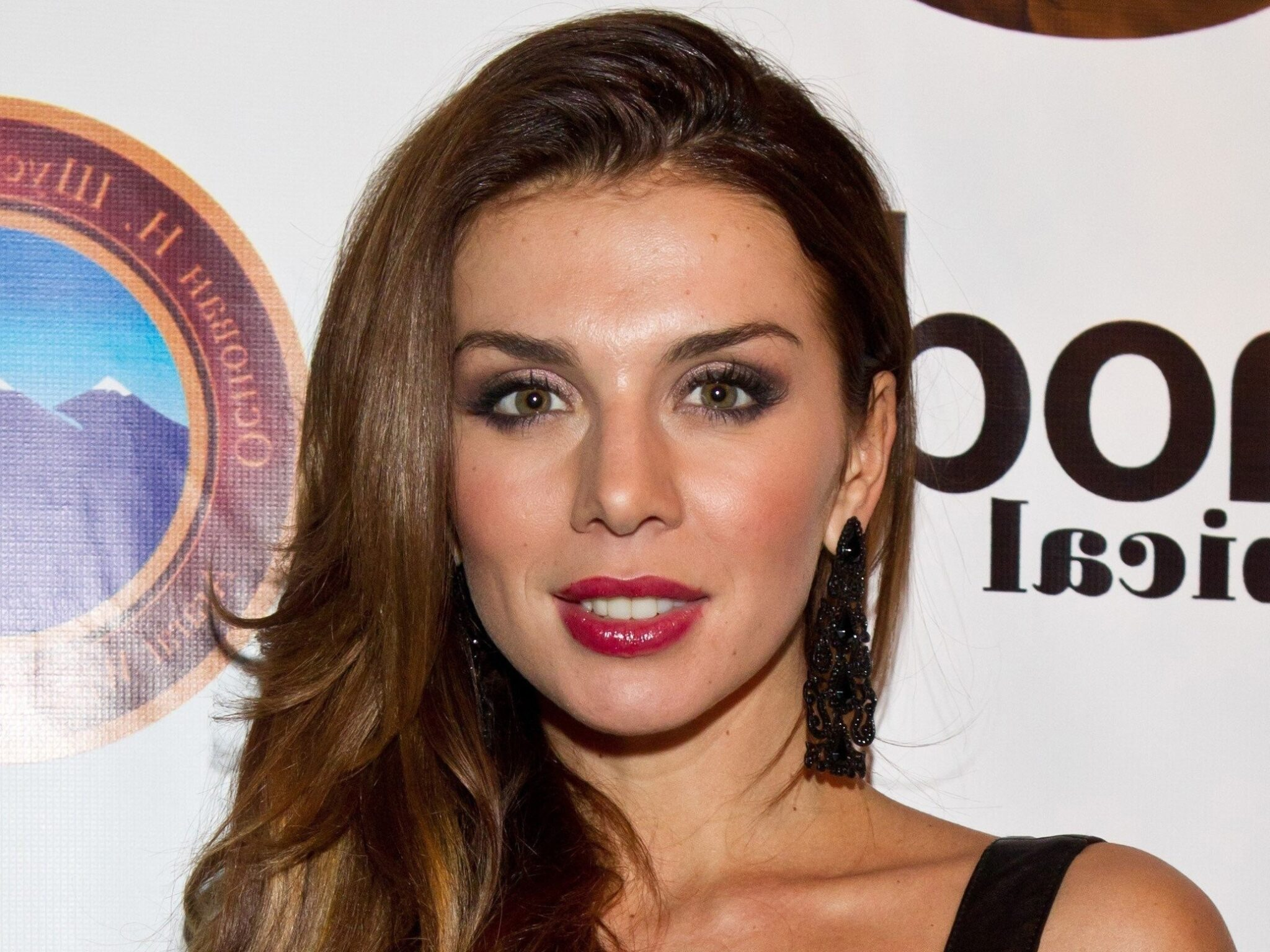 Анна Седокова: с кем встречается сейчас, личная жизнь, сколько было браков