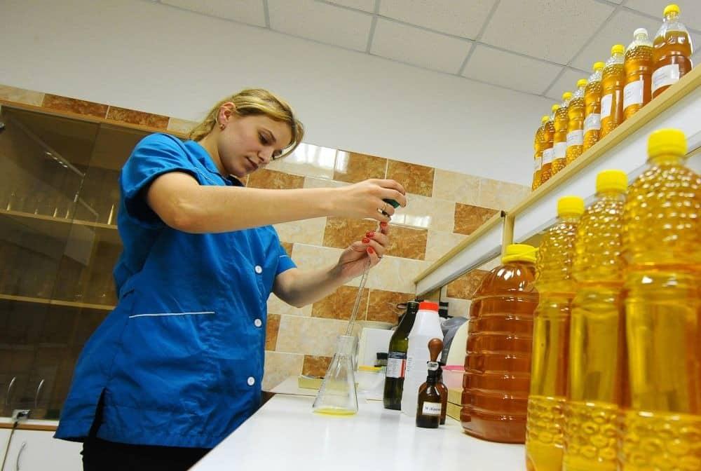 Подсолнечное масло, как можно отравиться: правильное хранение, как выбирать при покупке