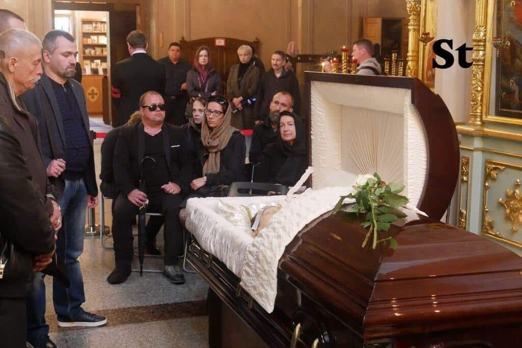 Похороны Вилли Токарева 9 августа 2019 на Калитниковском кладбище: кто пришел проститься с Вилли Токаревым