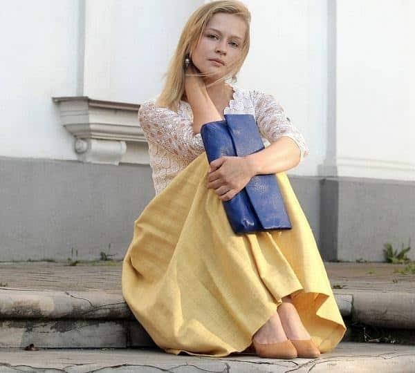 Смотреть выпуск «А поговорить» с Юлией Пересильд: личная жизнь Юлии Пересильд, новые фото