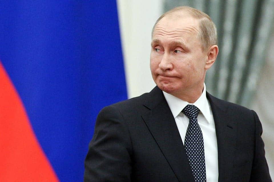 Сколько Россиян доверяет Владимиру Путину: данные опросов, процент доверия к президенту сегодня