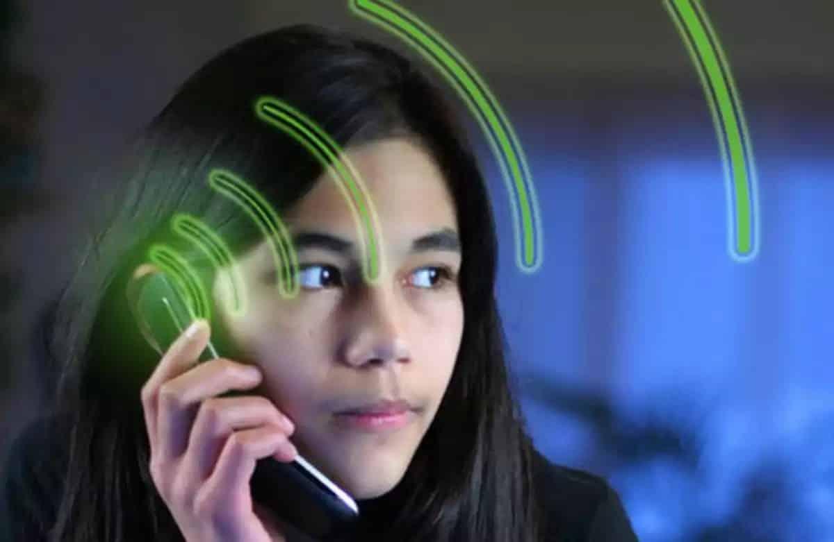 Отберут ли у школьников смартфоны с 1 сентября 2019: запрет или ограничения, медицинский взгляд на проблему