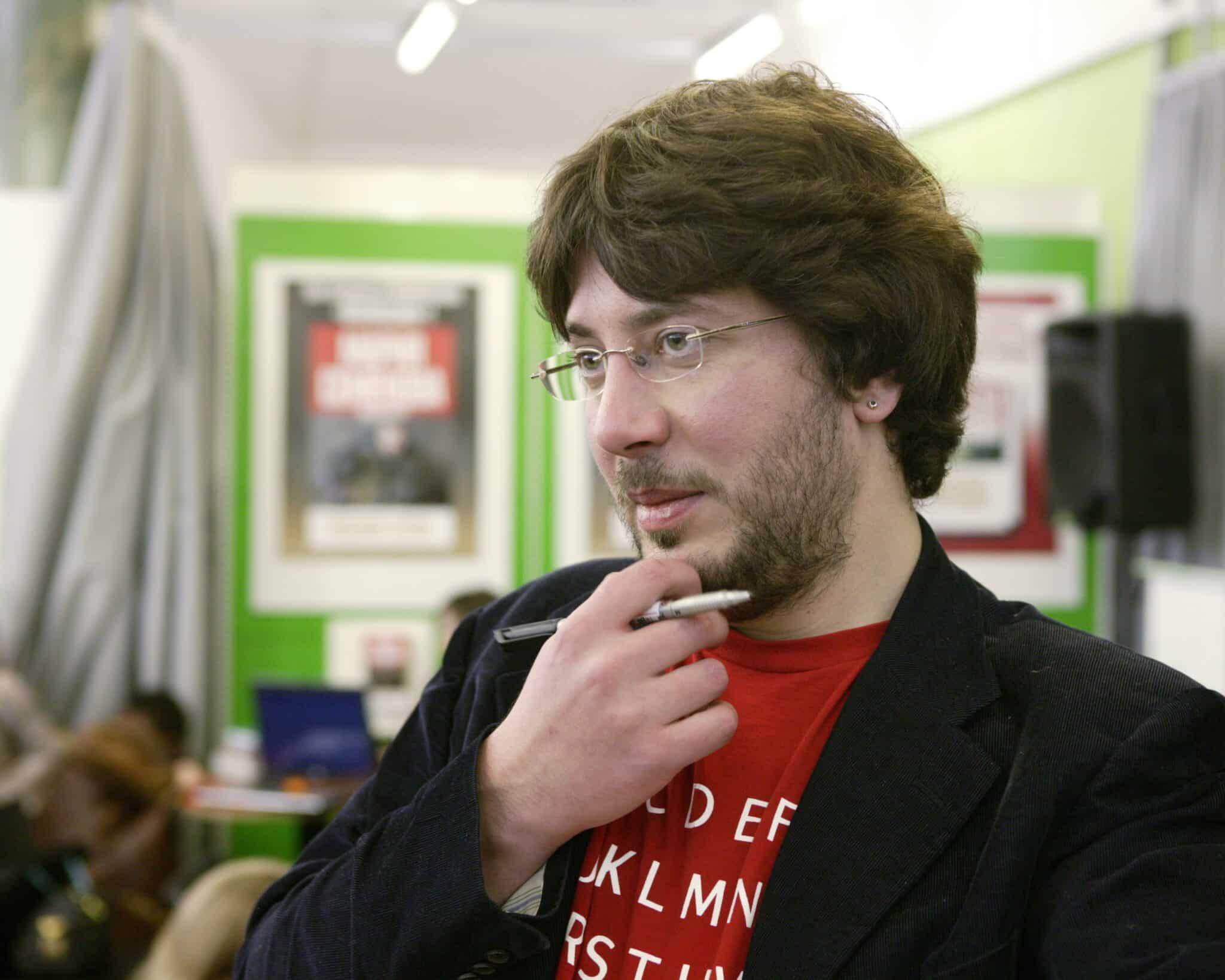 Артемий Лебедев уехал из России: причины бегства, что произошло