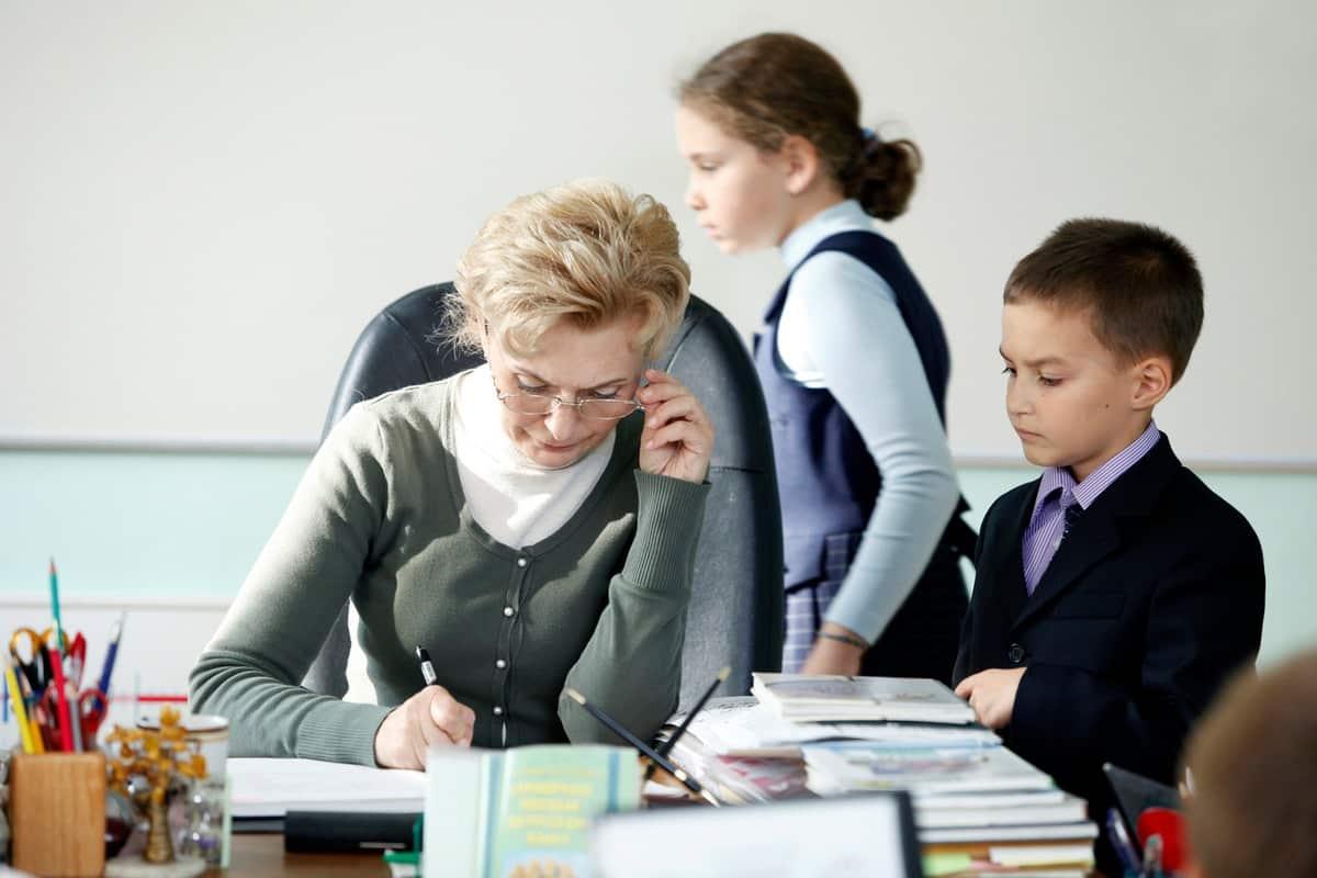 Будут ли родители российских школьников платить за предметы с 1 сентября 2019 года