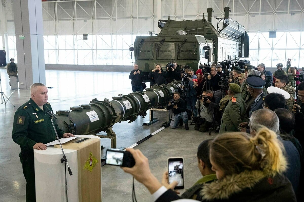 Гонка вооружений между Россией и США: будет или нет. Что будет после прекращения действия договора ДРСМД
