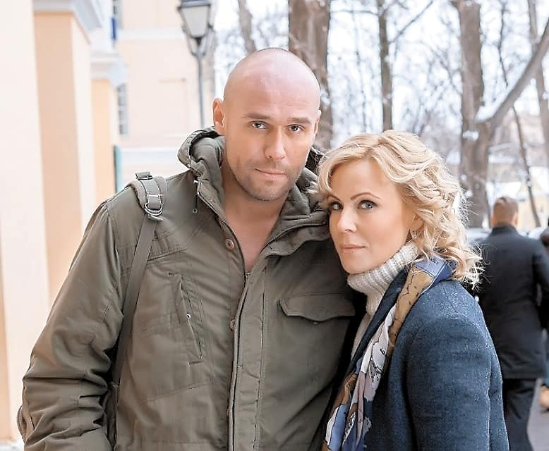 Мария Куликова и Максим Аверин: сериальный и настоящий роман, подробности