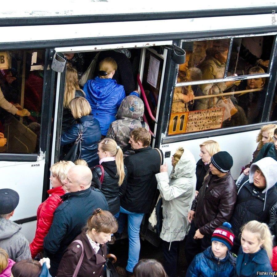 Что раздражает иностранцев-туристов в России: транспорт, достопримечательности и туалеты