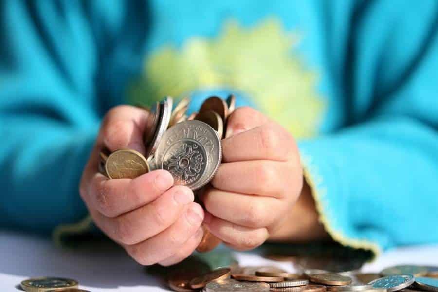 Пенсия по потере кормильца: кто имеет право на получение в 2019 году, размер пенсии