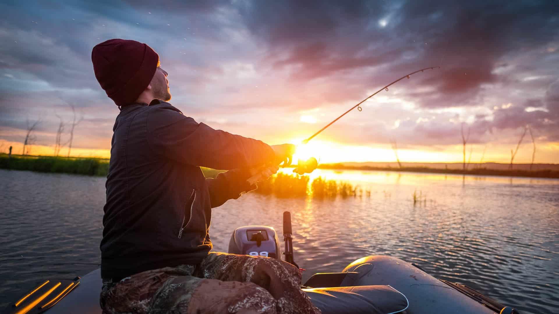 Календарь рыбака на август 2019: благоприятные дни августа 2019 года для клева рыбы