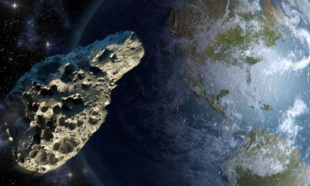 К земле приближается астероид 2007 FT3: 3 октября 2019 года астероид столкнется с Землей