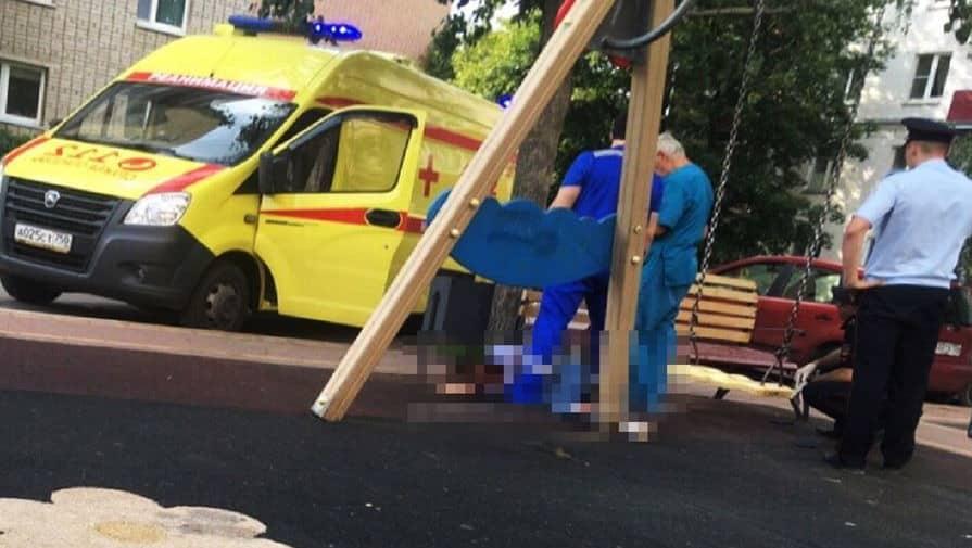 Мужчина напал с ножом на беременную жену: что произошло в Баку