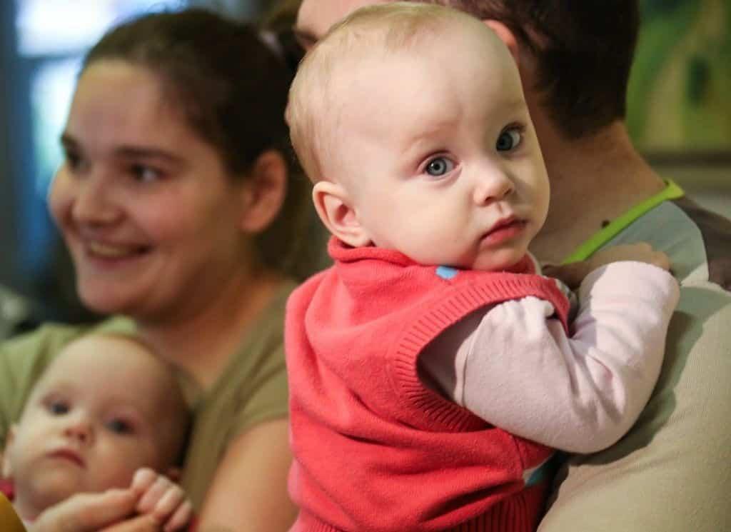 Пособия на детей до 3 лет: на сколько подняли. Почему пособия на детей подняли до прожиточного минимума