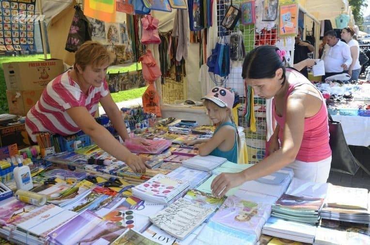 Школьные ярмарки в Москве в 2019 году: где будут работать, что можно будет приобрести