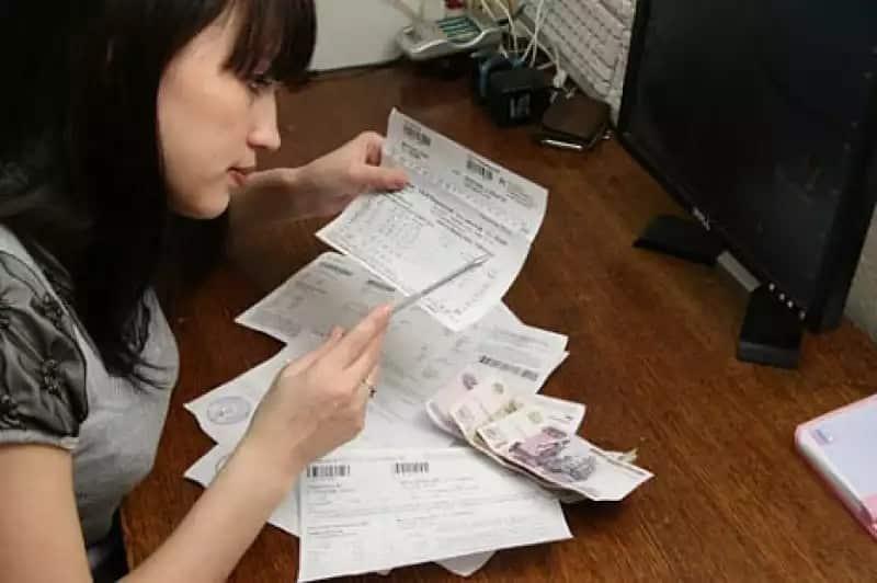 Долги за коммунальные услуги: как уменьшить, могут ли забрать квартиру