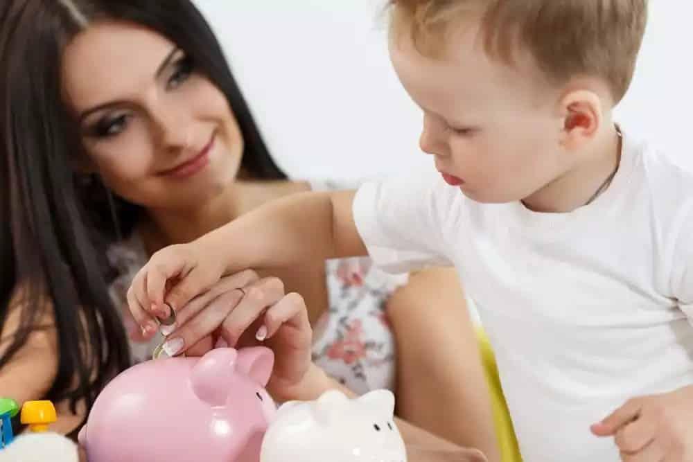 Увеличение выплат для детей в возрасте до 3-х лет с 2020 года: кто сможет рассчитывать на новые пособия
