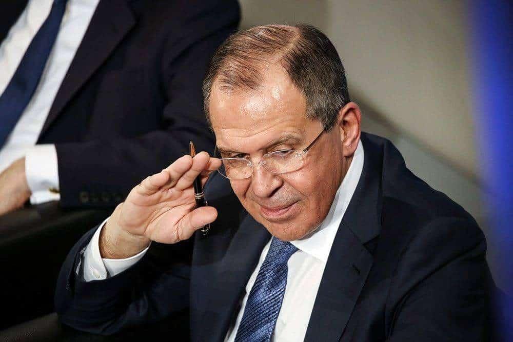 Сколько получают министры в месяц: от чего зависит зарплата государственных чиновников в России