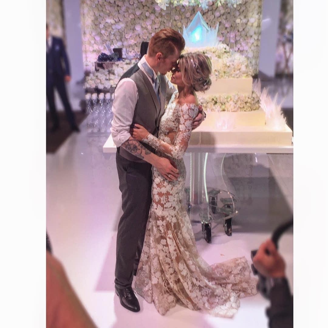 Никита Пресняков и Алёна Краснова: отпраздновали годовщину свадьбы, фото, последние новости