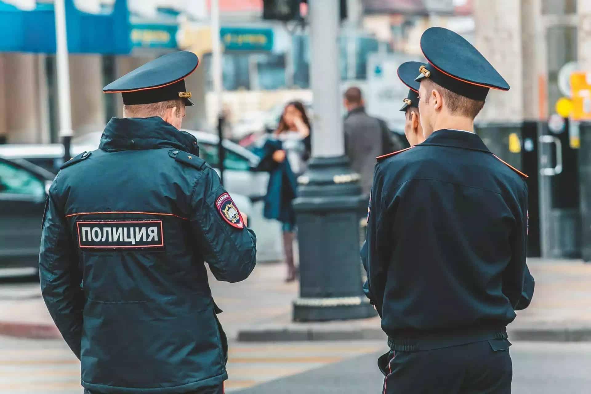 Повышение зарплаты полицейским с 1 октября 2019: на сколько поднимут, как формируется зарплата представителей полиции