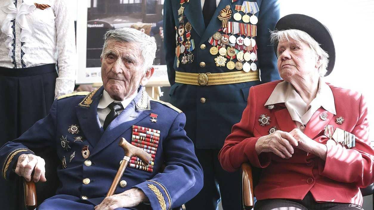 Какая максимальная пенсия по старости в России в 2019 году: сумма, условия получения максимальной пенсии