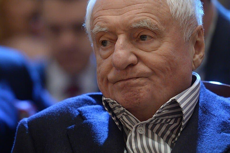 Марк Захаров попал в больницу: чем болен, как сейчас себя чувствует