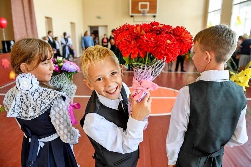 Сколько стоит собрать ребенка в 1 класс в Санкт-Петербурге в 2019 году