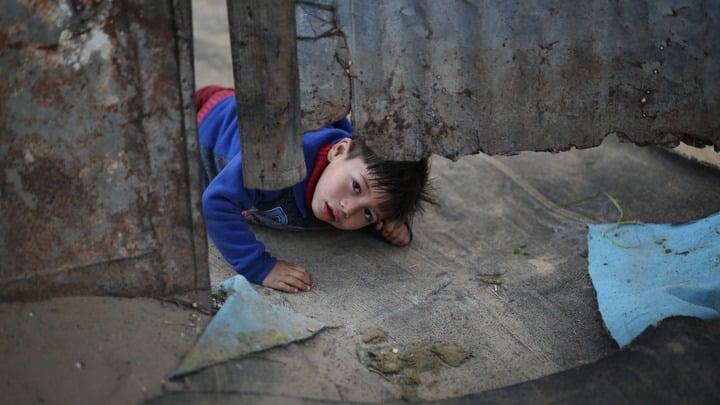 Уровень бедности в России в 2019 году: разрыв между богатыми и бедными сокращается или нет