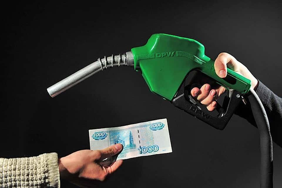 Почему растет цена на бензин в августе 2019: власти заинтересовались быстрым ростом стоимости бензина