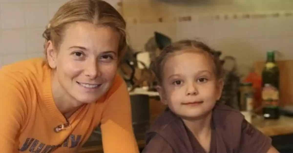 Дочь Кончаловского и Высоцкой, Мария: состояние здоровья сегодня, вышла из комы или нет