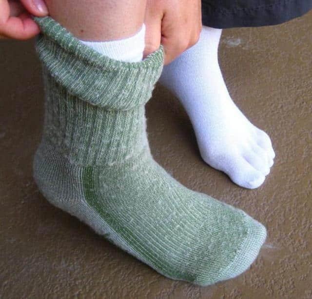 Постоянно мерзнут руки и ноги: причины постоянного замерзания