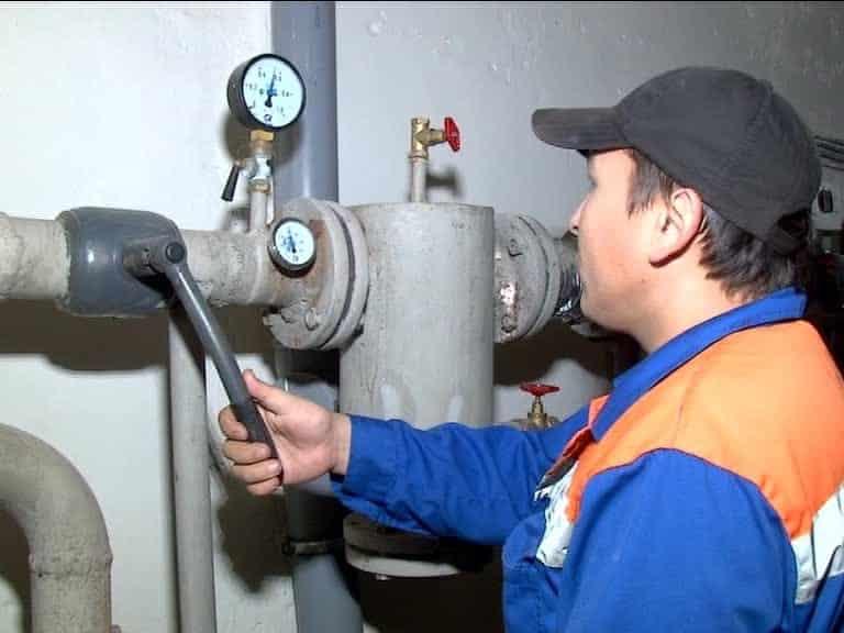 Когда дадут отопление в Кирове в 2019 году: кировская администрация обрадовала горожан точной датой запуска отопления