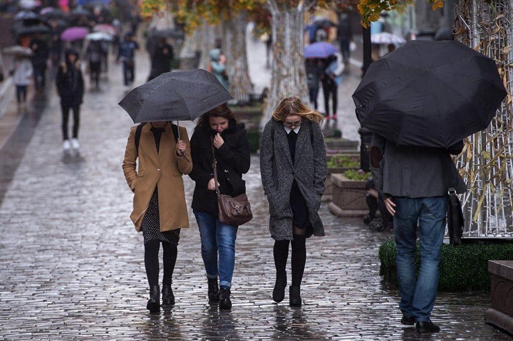 Прогноз погоды на октябрь 2019 в Москве: когда ожидать похолодания, когда будет снег и морозы
